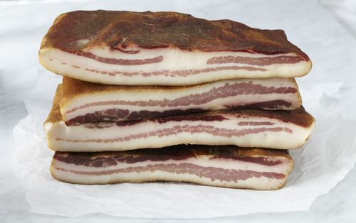 074TamworthBacon4_21_11LaQuercia